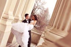 skjuten övre sikt för bruddans brudgum royaltyfria foton