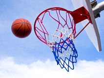 skjuten basket Arkivfoto
