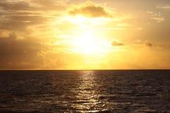 skjuten solnedgångtid för exponering long Arkivfoto