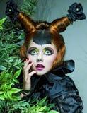 skjuten stilkvinna för docka mode idérikt smink Fotografering för Bildbyråer