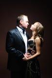 skjuten studio för brud brudgum royaltyfria bilder