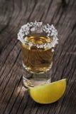 skjuten tequila för limefrukt en Royaltyfria Bilder
