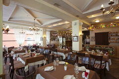 Skjutit i en restaurang Royaltyfri Bild