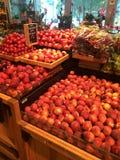 Sklepu spożywczego produkt spożywczy owocowy pokaz zdjęcia royalty free