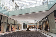 Sklepy w Dubaj centrum handlowym Fotografia Stock