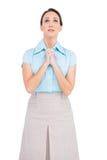 Skołatany młody bizneswomanu modlenie Zdjęcia Royalty Free