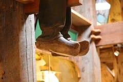 Sko för lager för skor för traditionella zaanseschans wood träi Nederländerna Unik härlig och lös europeisk stad Royaltyfri Fotografi