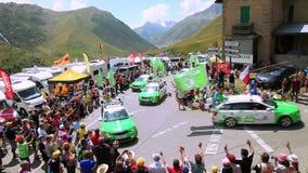 Skoda-Caravan - Ronde van Frankrijk 2015 stock footage