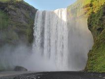 Skogafoss瀑布在冰岛 库存图片