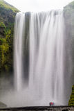 Skogafoss瀑布,冰岛 库存图片
