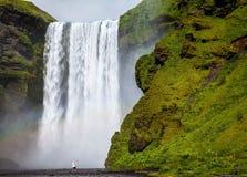 Skogafoss in IJsland Stock Afbeeldingen