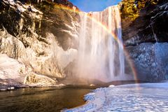 Skogafoss Wasserfall in Island Stockfotos