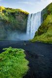 Skogafosswaterval, het oriëntatiepunt van IJsland royalty-vrije stock foto
