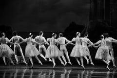 Skokowy moment - wspólny taniec Obrazy Stock