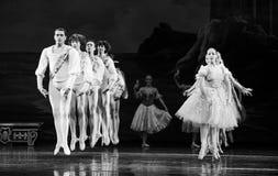 Skokowy moment - wspólny taniec Zdjęcie Royalty Free