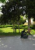 Skokrämmorfarskulptur parkerar in royaltyfri fotografi