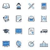 Skola och utbildningssymbolsuppsättning 1 - blå serie Arkivfoto