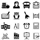 Skola, utbildning och lära rengöringsduksymbolsuppsättningen Arkivfoton