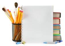 Skolahjälpmedel och tillbehör arkivfoto