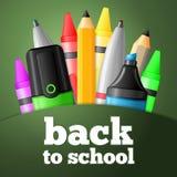 Skolahjälpmedel - penna, blyertspenna, highlighter, färgpenna Arkivbilder