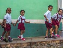 skolan är ut i trinidad Royaltyfria Bilder