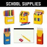 Skolatillförsel, markörer, färgpennor, skriver, blyertspennor, fodrat papper Royaltyfria Foton