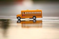 Skolbussleksakmodell Fotografering för Bildbyråer