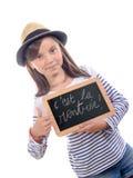Skolflicka som tillbaka skriver till skolan Royaltyfri Fotografi