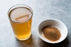 Skoncentrowany Ziołowej herbaty proszek dla żołądka Żołądkowego problemu, cytryny Doprawiających/ fotografia stock