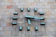 Skopje-Denkmal-Uhr lizenzfreies stockfoto