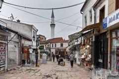 SKOPJE, DIE REPUBLIK MAZEDONIEN - 24. FEBRUAR 2018: Alter Basar-alter Markt in der Stadt von Skopje Stockfotos