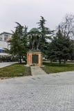 SKOPJE, DIE REPUBLIK MAZEDONIEN - 24. FEBRUAR 2018: Monument im Skopje-Stadtzentrum Stockbilder