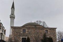 SKOPJE, DIE REPUBLIK MAZEDONIEN - 24. FEBRUAR 2018: Moschee in der alten Stadt der Stadt von Skopje Stockbilder