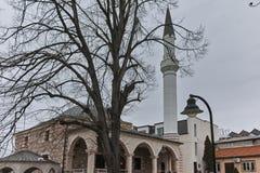 SKOPJE, DIE REPUBLIK MAZEDONIEN - 24. FEBRUAR 2018: Moschee in der alten Stadt der Stadt von Skopje Lizenzfreie Stockbilder