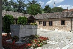 SKOPJE, DIE REPUBLIK MAZEDONIEN - 13. MAI 2017: Orthodoxe Kirche der Besteigung von Jesus und das Grab von Gotse Delchev in Skopj Lizenzfreie Stockfotografie