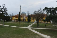 SKOPJE, EL REPÚBLICA DE MACEDONIA - 24 DE FEBRERO DE 2018: Mezquita del ` s de Mustafa Pasha en la ciudad vieja de la ciudad de S Fotografía de archivo libre de regalías