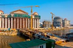 Skopje, Mazedonien - November 2011 Bau eines Neubaus des archäologischen Museums stockfoto
