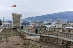 SKOPJE, A REPÚBLICA DA MACEDÔNIA - 24 DE FEVEREIRO DE 2018: Fortaleza da couve da fortaleza de Skopje na cidade velha Fotos de Stock Royalty Free