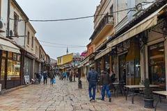 SKOPJE, REPUBBLICA MACEDONE - 24 FEBBRAIO 2018: Vecchio mercato del vecchio bazar di città di Skopje Immagini Stock Libere da Diritti