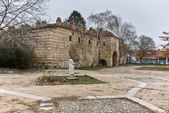 SKOPJE, REPUBLIEK VAN MACEDONIË - 24 FEBRUARI, 2018: Ruïnes van Kurshumli een binnen oude stad van stad van Skopje Stock Foto's