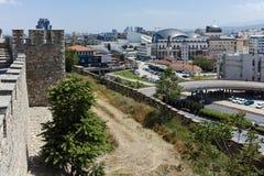 SKOPJE, REPUBLIEK VAN MACEDONIË - 13 MEI 2017: De Boerenkoolvesting van de Skopjevesting in de Oude Stad Royalty-vrije Stock Afbeeldingen
