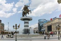 SKOPJE, REPUBLIEK VAN MACEDONIË - 13 MEI 2017: Het Centrum van de Skopjestad en Alexander het Grote Monument Royalty-vrije Stock Foto