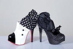 Skor för kabaretstilkvinnlig arkivfoto