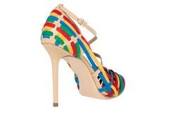 Skor Skor för kvinna` s på en vit bakgrund högvärdigt skodon Italienare brännmärkte skor Royaltyfria Foton