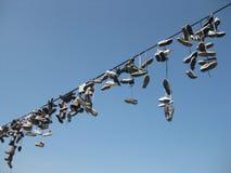 Skor turister på ett rep Royaltyfria Bilder