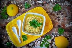 Skordalia greco della salsa immagini stock