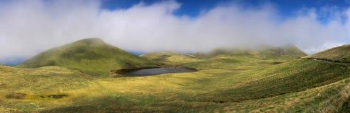 Skotska högländerna av den Pico ön, Azores - panorama Arkivfoto