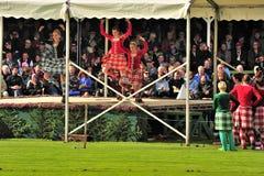 Skotska landsdansare, Braemar, Skottland royaltyfria bilder
