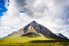 Skotskt berg royaltyfria bilder