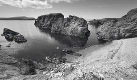 Skotskt kustlinjelandskap i Shetland öar scotland UK royaltyfria bilder